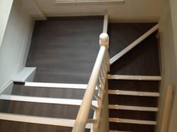 Town & Country vinyl flooring, Aluminium Nosing's with White inserts (2).JPG