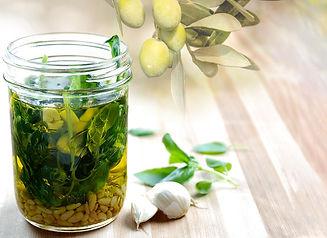 Pesto-Infused-Olive-Oil4.jpg