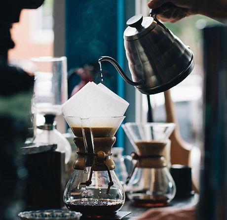 Brewing coffee in a jug_edited.jpg