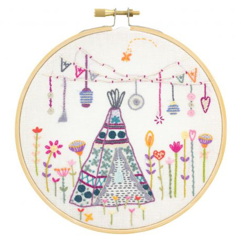 Weekend bohême sous le tipi - kit broderie