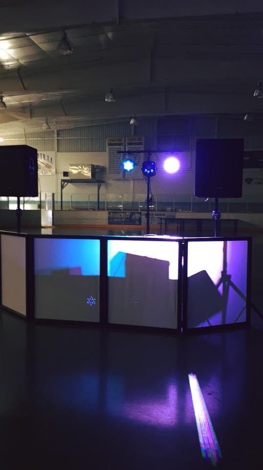 Booth 10 .jpg