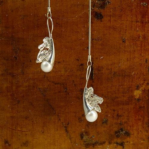 Boucles d'oreille - Végétal et perle blanche