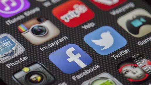 Queda do Whatsapp e a dependência em redes sociais