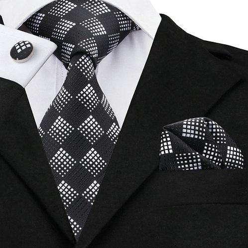 Black and White Checked Pattern Silk Tie Set w/Cufflinks and Hankie