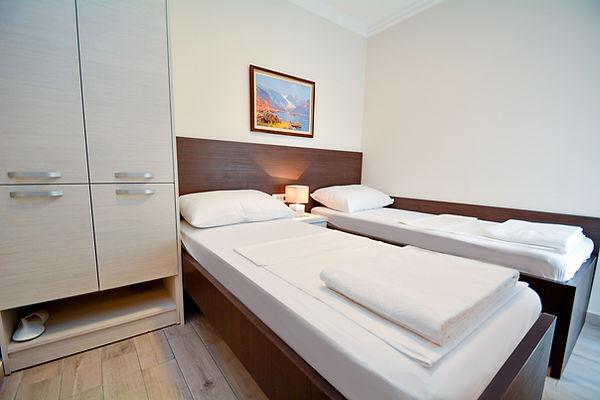 005-dvokrevetna-soba-sa-odvojenim-krevet