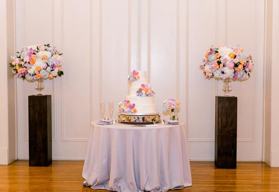 Valerie-Trevor-Wedding-Dallas-Scottish-Rite-Of-Freemasonry-Cathedral-Museum-by-North-Texas-Wedding-Photographer-Emily-Nicole-Photo-311.jpg