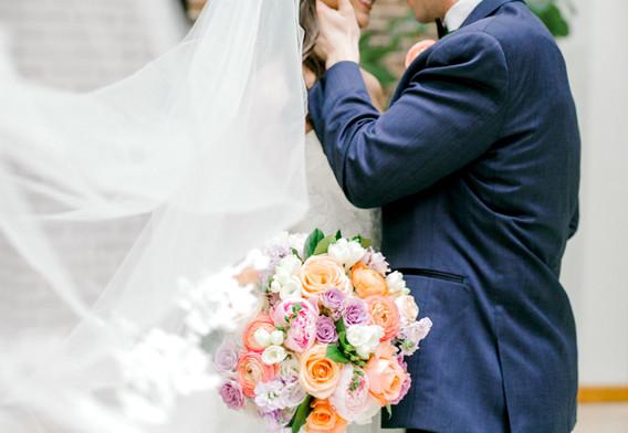 Valerie-Trevor-Wedding-Dallas-Scottish-Rite-Of-Freemasonry-Cathedral-Museum-by-North-Texas-Wedding-Photographer-Emily-Nicole-Photo-69.jpg
