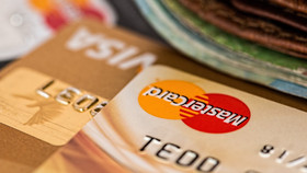 Dürfen Menschen mit Einschränkungen eine Kreditkarte beantragen?