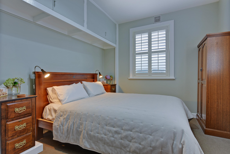 Waratah Cottage Bedroom 1