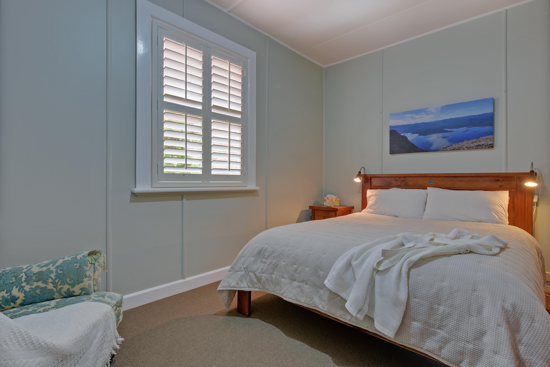 Tea Tree Bungalow Bedroom 1