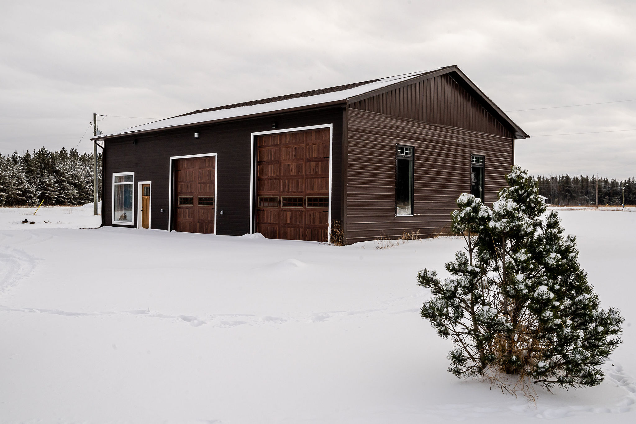 50'x35' Heated Garage/Shop