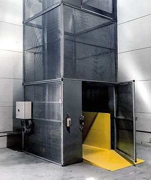 Lift_for_Mezzanine_01.jpg