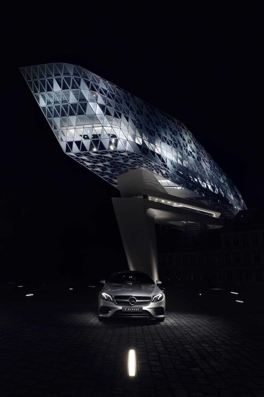 autofotografie-automotivefotografie-sebastien Adriaensen - E klasse antwerpen havenhuis
