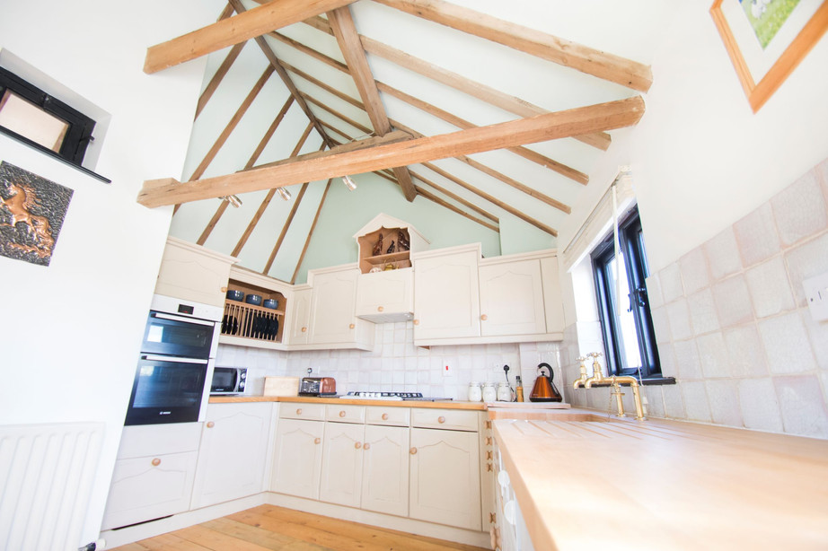 Kitchen_The Stables Accommodation.jpg