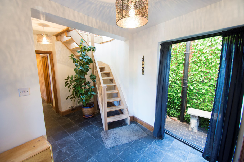 Entrance Hall_The Stables Accommodation.