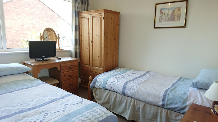 Single bedroom with trundle_Cedar Place Guest Accommodation.JPG