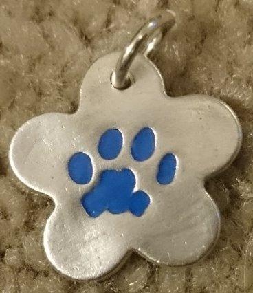 Pawprint pendant