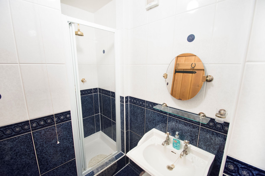 En Suite Shower Room_The Stables Accommo
