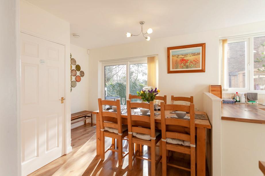 Dining Area_Cedar Place Accommodation.jpg