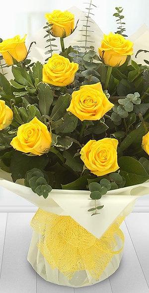 12 LUXURY YELLOW ROSES