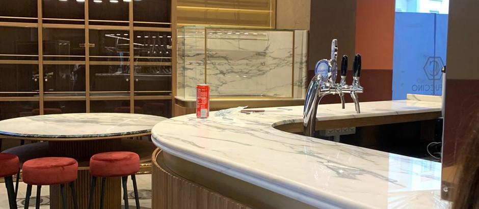 Rivestimenti arredi Caffuccino di Licata progetto dall'architetto Fatima Costa e Preforn