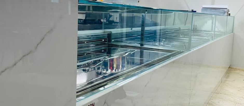 Rivestimento Bancone caffetteria di Calacatta a Menfi in collaborazione con la Preforn di Canicatti