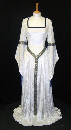 Medieval Renaissance Dress And Garb By Knights In White