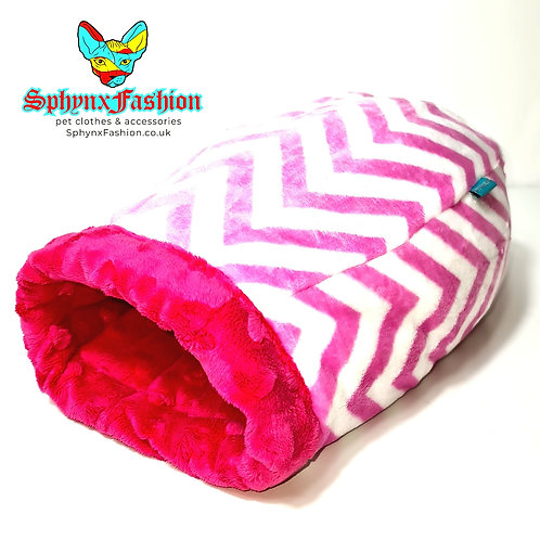 Extra Cosy Snuggle Cocoon Pink for Kitten Small Cat