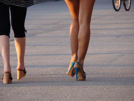 Rola skleroterapii w leczeniu żylaków i pajączków naczyniowych na nogach