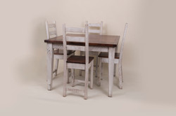 SQJUARE TABLE WITH 4 CHAIRS