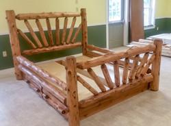 Sunburst Log Bed (shown in Rustic)
