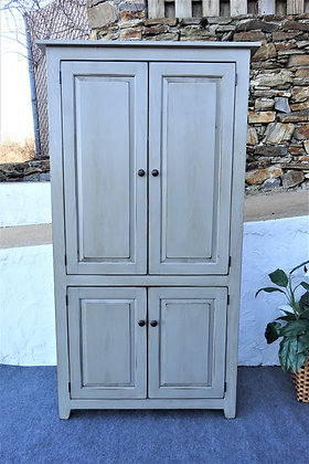 Warwick 4 Door LARGE & EXTRA LARGE Pantry  $555-$660