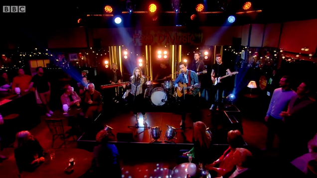 The Shires - All Round To Mrs Brown's BBC