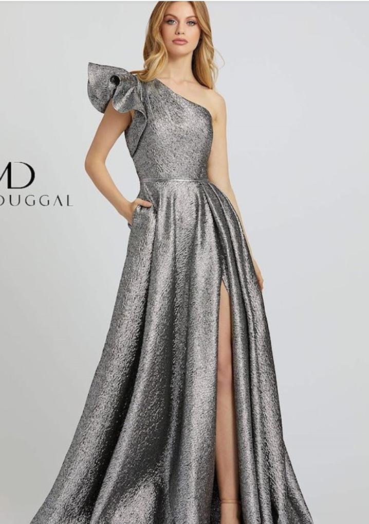 Lexy Silverstein Prom Trends 2021 One Shoulder Look