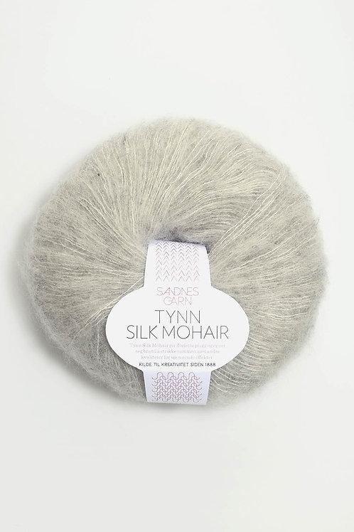 Tunn Silk Mohair 1022 (Ljust gråmelerad)