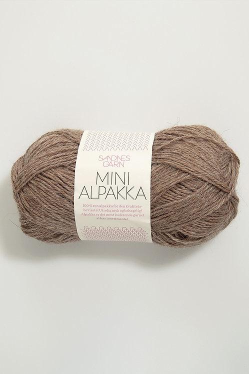 Mini Alpakka 3151 (Mörkt beigemelerad)