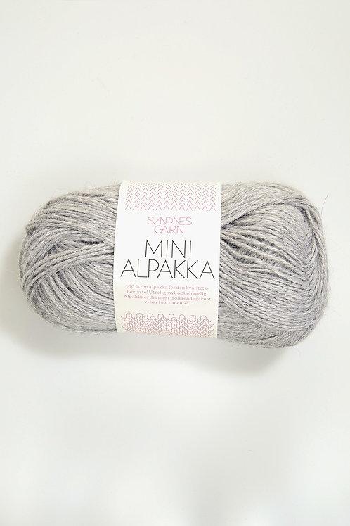 Mini Alpakka 1032 (Ljust gråmelerad)