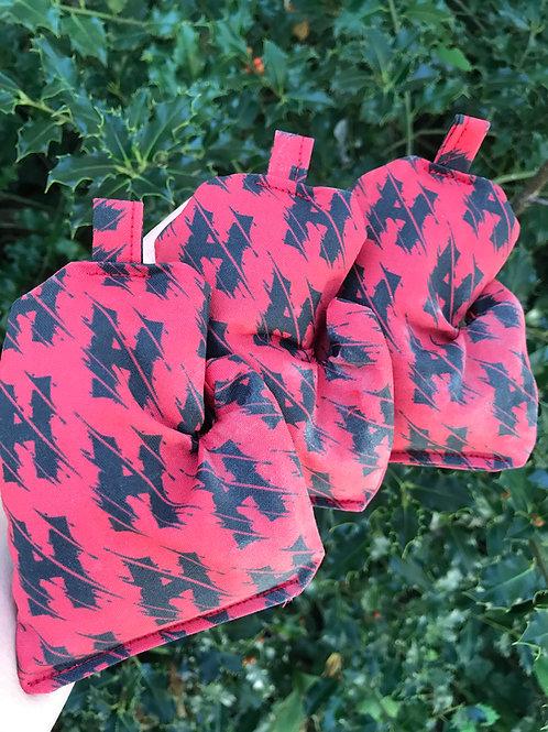 Hailey King Fundrasier Mitten Bags