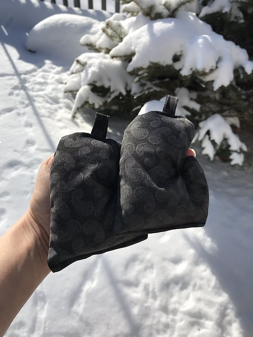 Black Paisley Mitten Bag