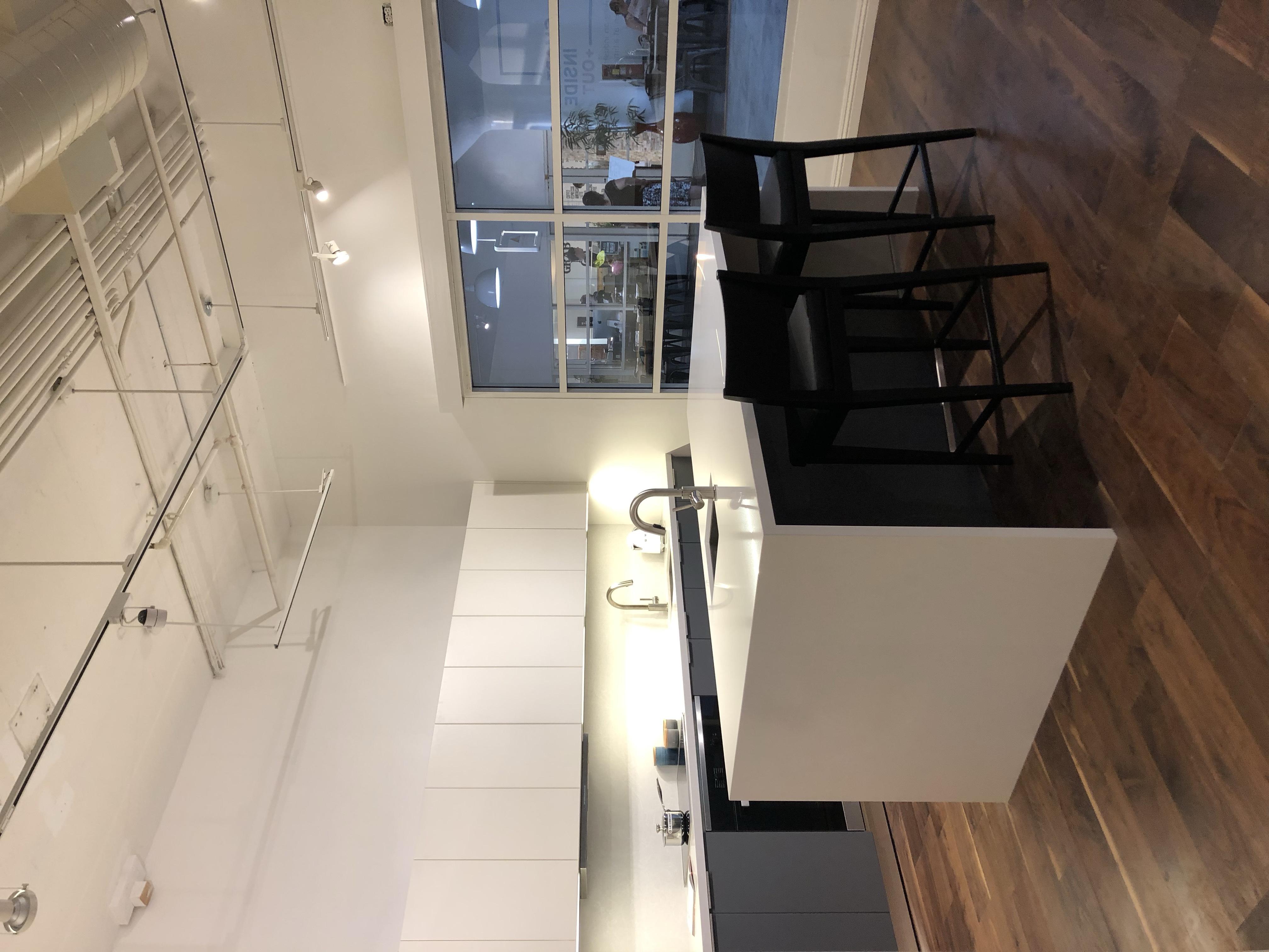 Galley Kitchen/ Island