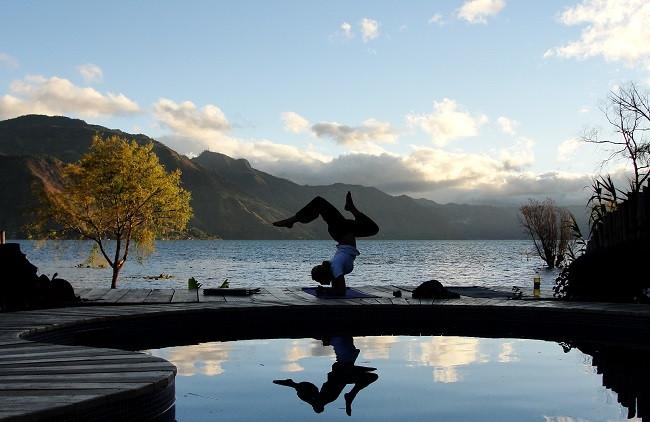 yoga Lake Atitlan