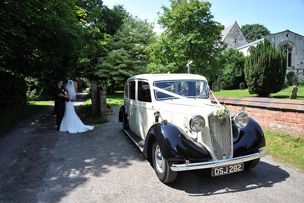 Wedding car hire Teesside Stockton-on-Tees, Billingham, Norton, Yarm, Wolviston, Hartlepool and Ingleby Barwick