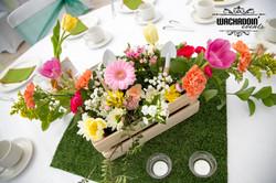 garden party theme table centre