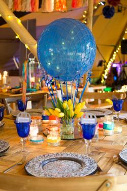 balloon floral table centre