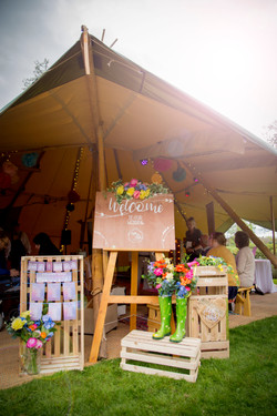 WACHADOIN EVENTS festival tipi welcome