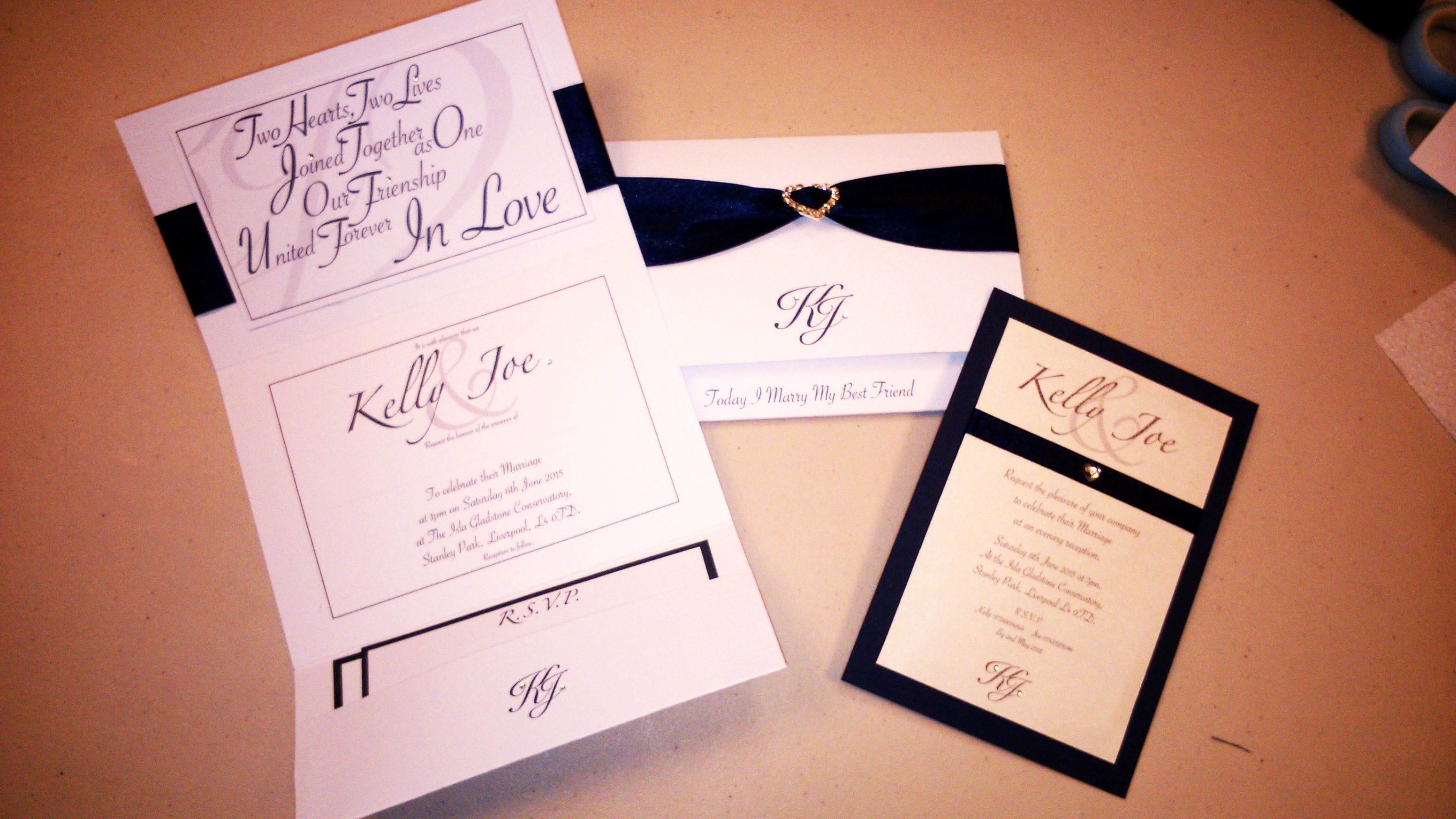 pocket invite stationery .JPG