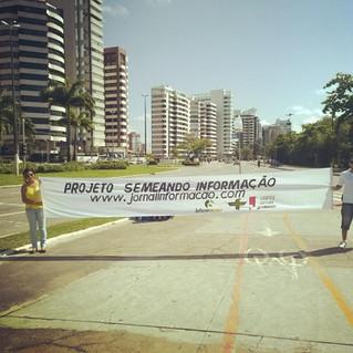 Semeando Informação doa 10 mil sementes em Aracaju