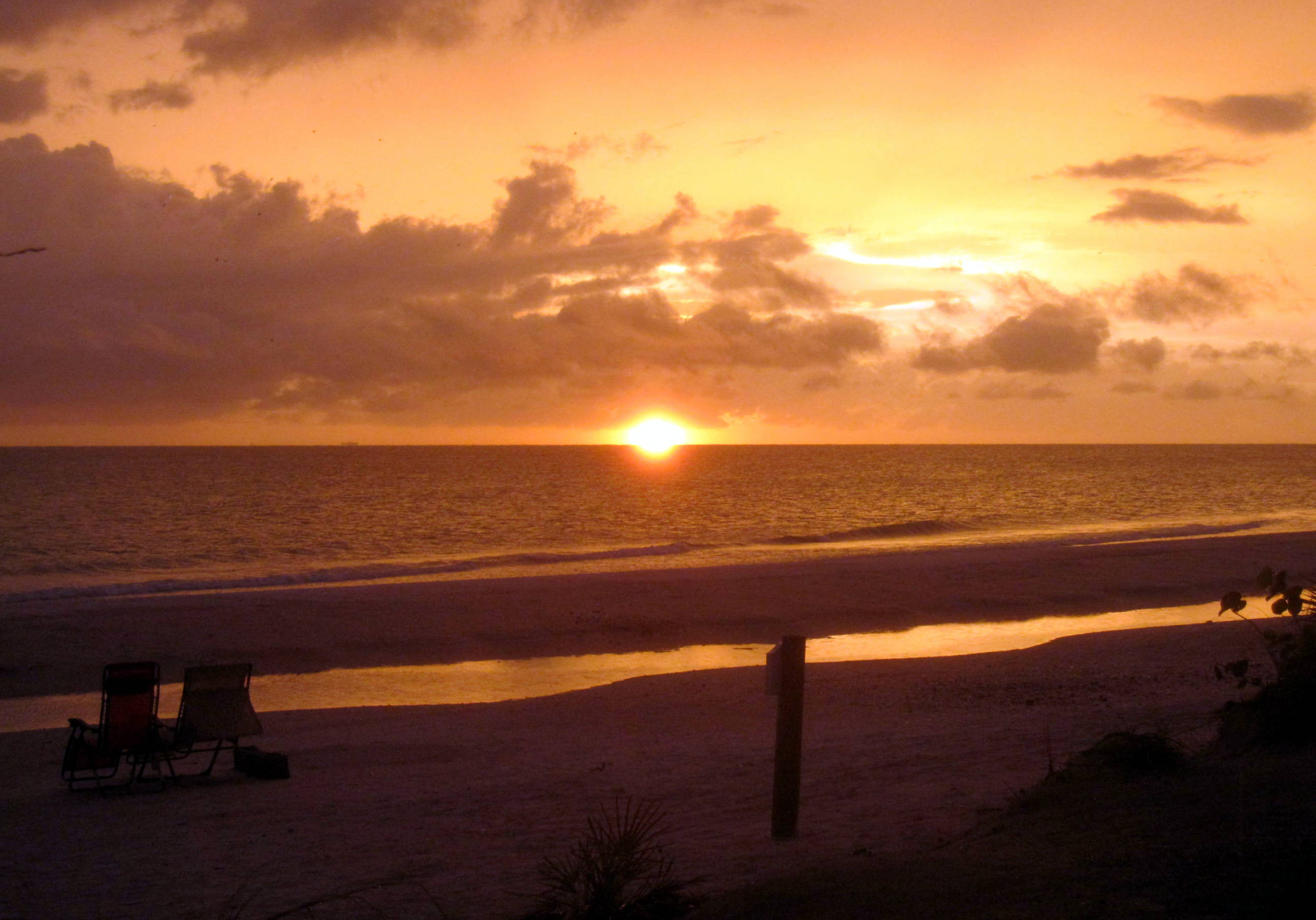 Memorable sunsets on Anna Maria Island (