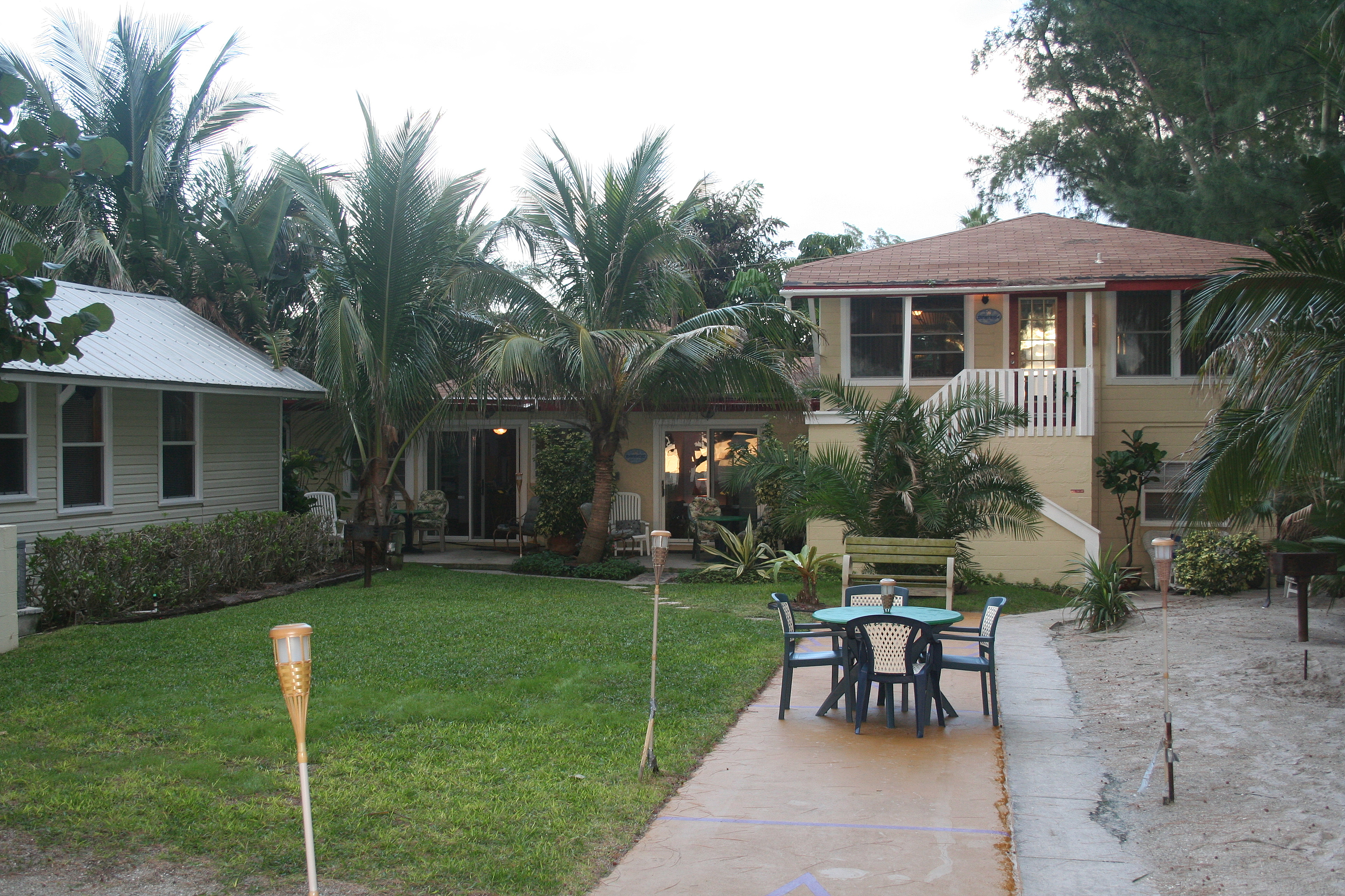 2008 Units property