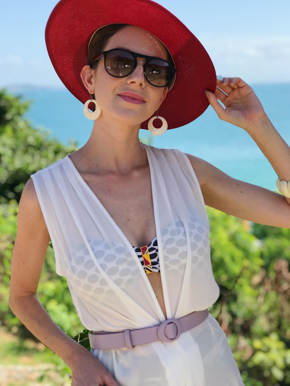 chapéu_colorido_e_caftan_praia